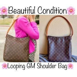 ❇️BEAUTIFUL❇️ Shoulder bag by Louis Vuitton
